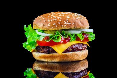 Un restaurant américain servant des burgers gastronomiques